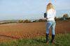 Feldbegehung im Herbst. Foto: Peter Gaß