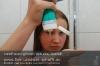 s10-01-adriana-shampoo-auf-hand-fliessen-gut.jpg