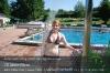 s05-07-mandy-thomas-schwimmbad-abduschen-druecken-.jpg
