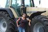 Cathrin interssiert sich dafür, wie der Mais in die Steckdose kommt.